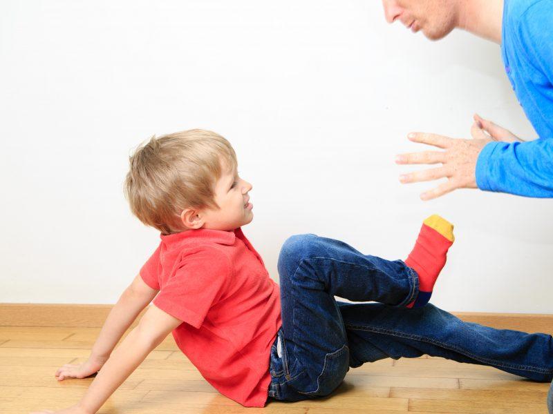 Vaikų smurtas prieš suaugusiuosius. Koks jis ir ką reiškia?