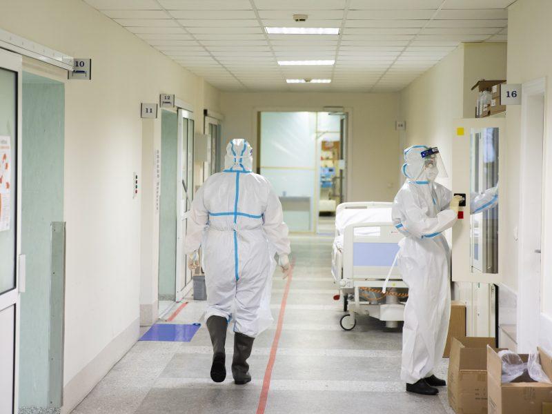 Keičiasi tvarka: Kauno klinikos įvardijo, kuriuos pacientus galima lankyti ir ką svarbu žinoti