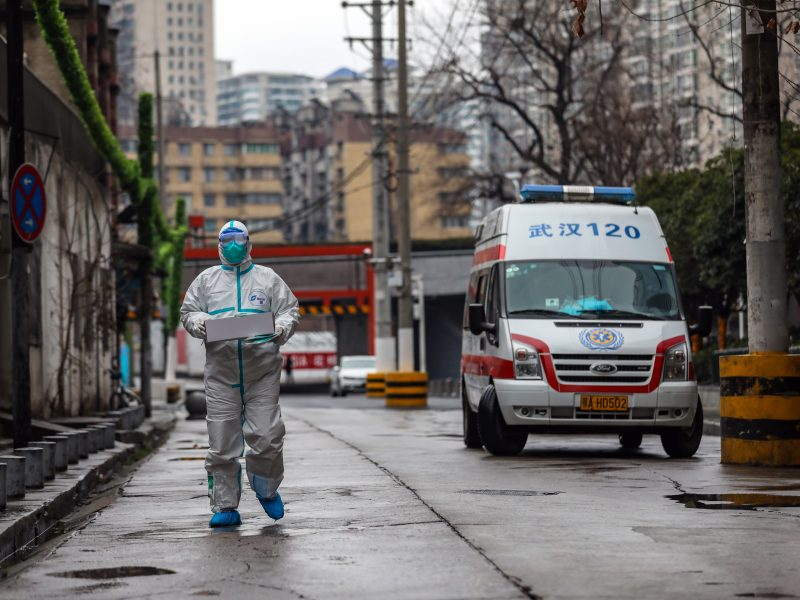 PSO pripažino klaidą: Kinijoje plintančio viruso grėsmė yra didelė