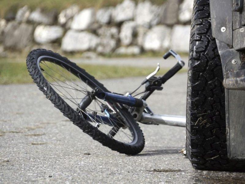 Skaudi nelaimė: Kupiškio rajone partrenktas dviračiu važiavęs berniukas