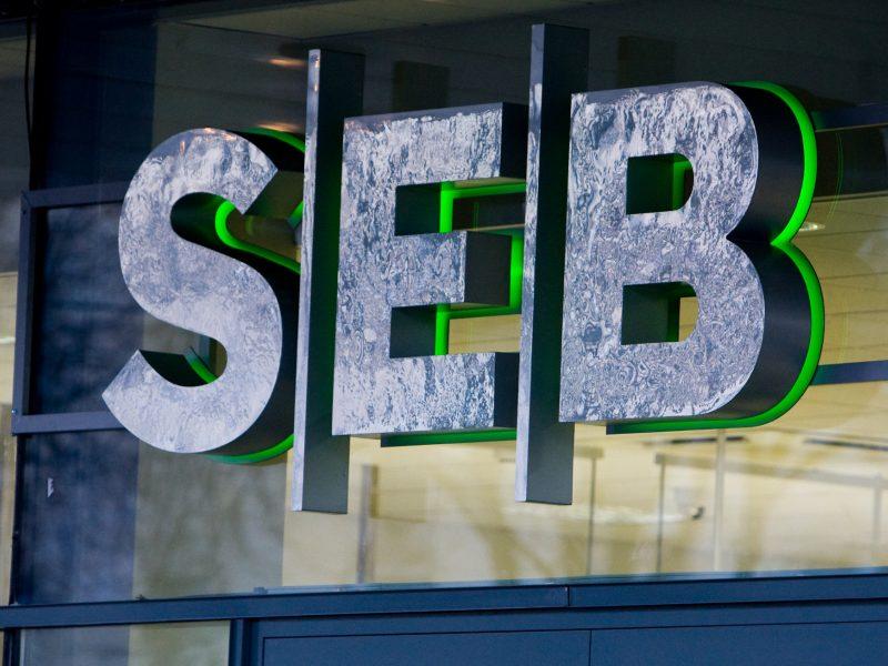 Savaitgalį laikinai nebus galima atsiskaityti SEB banko mokėjimo kortelėmis