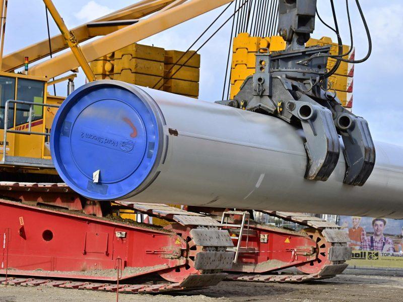 """JAV planuoja smogti Rusijai: skelbs sankcijas """"Nord Stream 2"""""""
