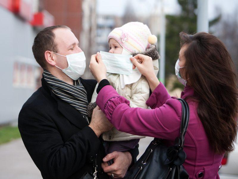 Pavojingai padidėjusi tarša: klaipėdiečiams siūloma nešioti medicinines kaukes