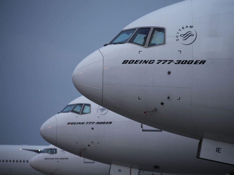 Rusijos Vnukovo oro uoste susidūrė du lėktuvai
