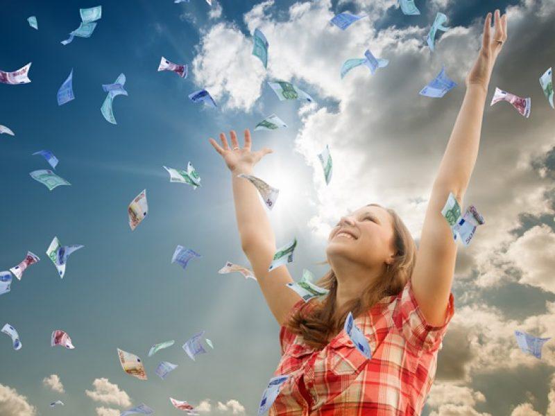 Sensacinga laimės kūdikio istorija: 2 eurų loterijos bilietas atnešė 209 milijonus