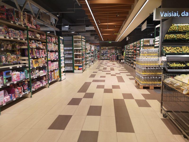 Dėl naujos tvarkos – nuostoliai: Klaipėdoje ištuštėjo prekybos centrai