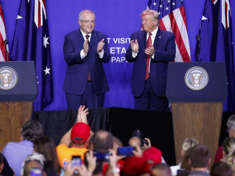 D. Trumpas paprašė Australijos padėti diskredituoti tyrimą dėl Rusijos kišimosi