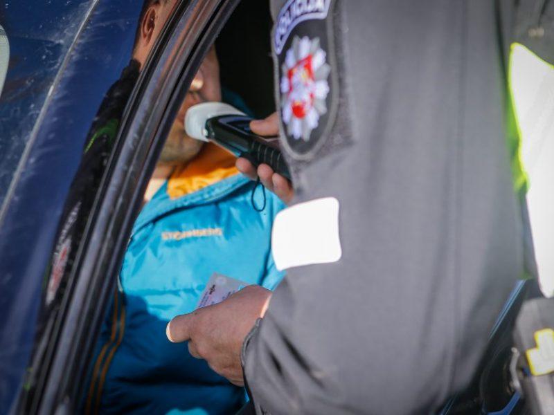 Stulbina uostamiesčio vairuotojų poelgiai: prie vairo – apsvaigę, su suklastotais dokumentais