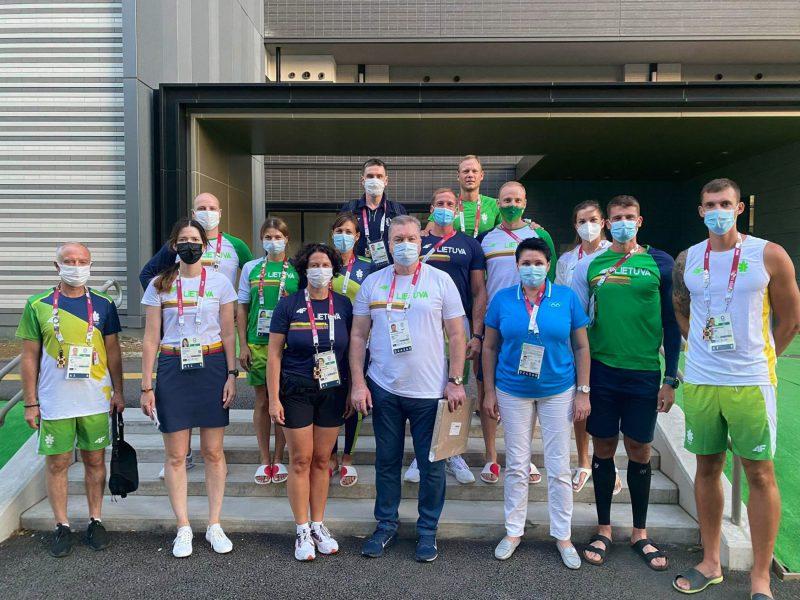 LTOK prezidentė aplankė olimpiniame kaimelyje įsikūrusius sportininkus