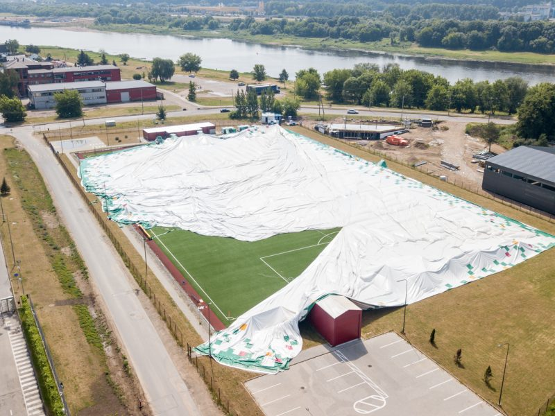Planuose – uždaras futbolo maniežas
