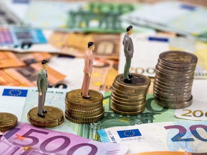 Profsąjungos siūlo minimalią mėnesio algą didinti iki 750 eurų