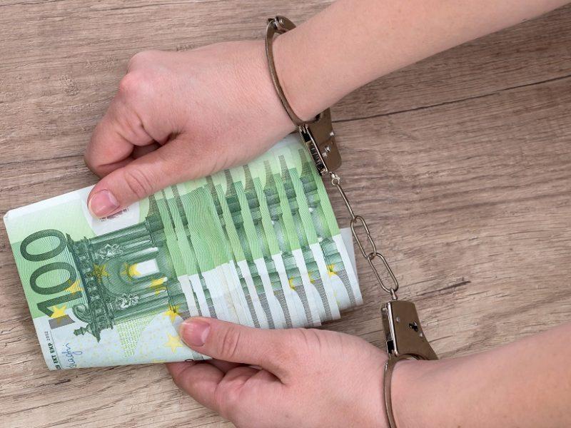 Pravieniškių komendantas įtariamas fiktyviai įdarbindavęs kalinius ir gavęs penkiaženklį atlygį