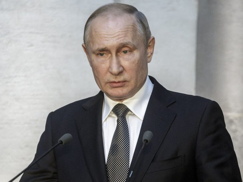 NATO atstovai mėgins įtikinti Rusiją laikytis branduolinio nusiginklavimo susitarimo