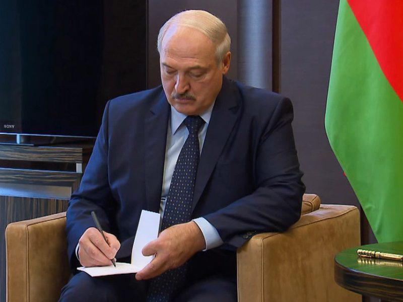 A. Lukašenka: kroviniai bus perorientuoti, jei Rusija pasiūlys panašias sąlygas
