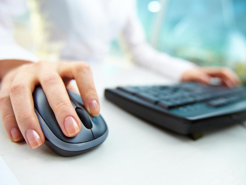 Teisines konsultacijas ateityje bus galima gauti internetu