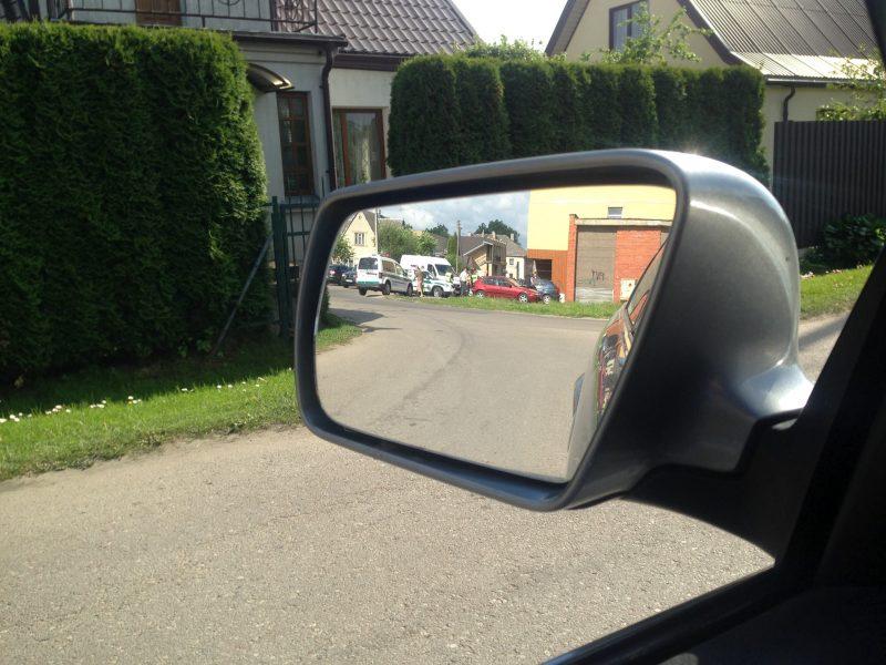 """Garliavoje policiją ant kojų sukėlė pavojingai važiuojantis """"Volkswagen"""""""