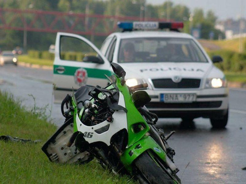 Vidury baltos dienos pareigūnams įkliuvo girtas motociklo vairuotojas