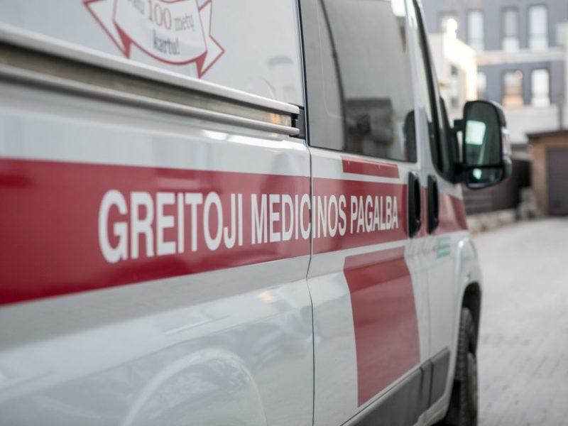 Iš Igliaukos kaimo į ligoninę pateko vyras: pilve žiojėjo durtinė žaizda