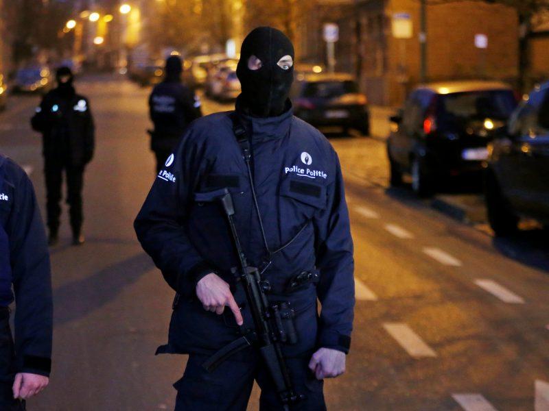 Dėl terorizmo Briuselyje sulaikyti vyrai – laisvėje