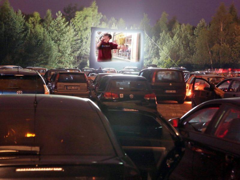Visą vasarą Alytuje – nemokamo kino seansai po atviru dangumi