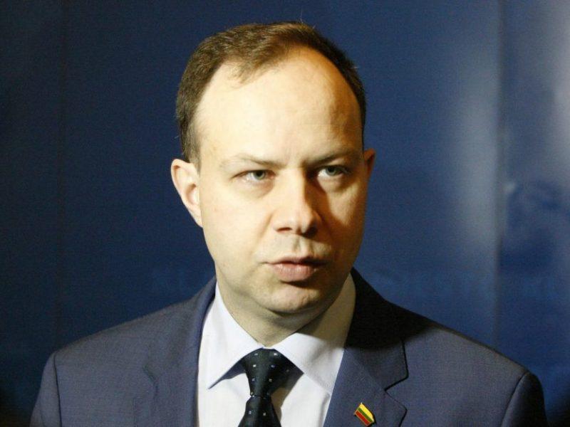 Ministrui A. Verygai parūpo kazino ir lytiniai santykiai