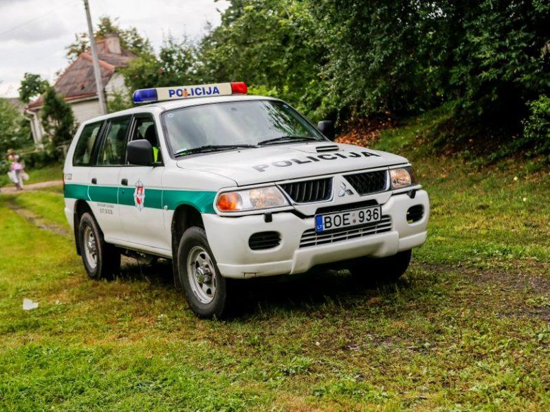 Molėtų rajone rastas vyro lavonas su kirstinėmis žaizdomis
