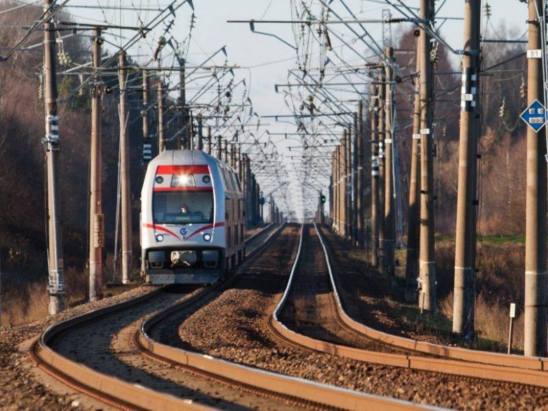 Svarbu keliaujantiems: atnaujinami traukinių tvarkaraščiai, siūloma 40 reisų į Kauną