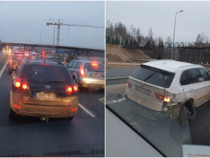 Avarija prie Kauno visiškai paralyžiavo eismą: kliūtis – BMW išlūžusiu ratu
