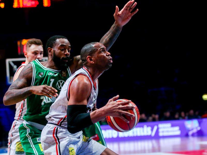 Krepšinio trofėjai Vilniaus nepasiekė