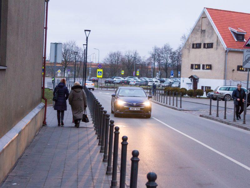 A. Jakšto gatvės eismo problemos