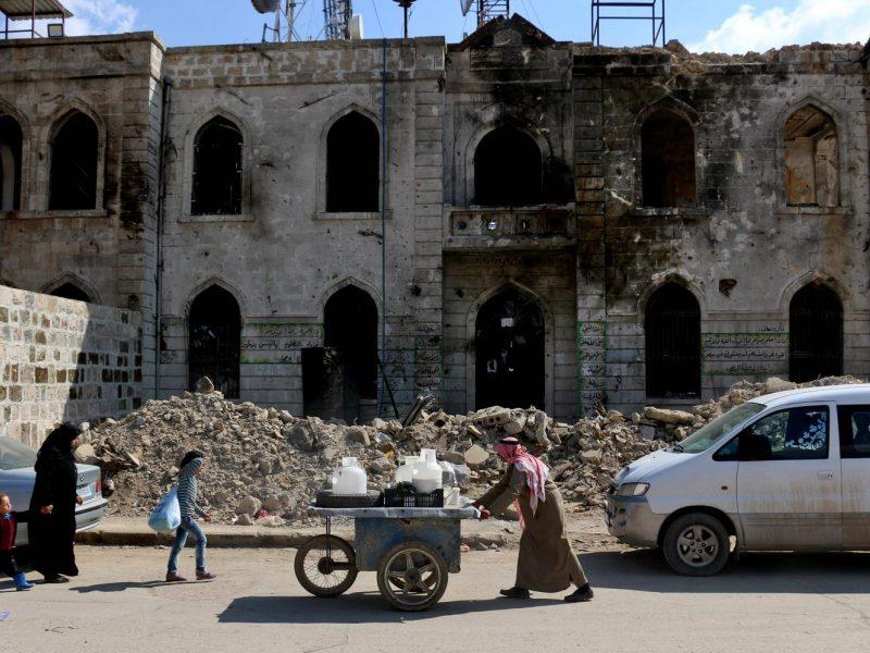Pagalbos organizacijos: Sirija išgyvena didžiulę humanitarinę krizę