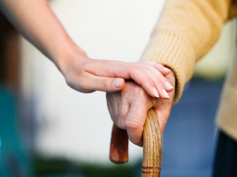 Parkinsono liga: pirmieji simptomai ir kuo naudinga kava