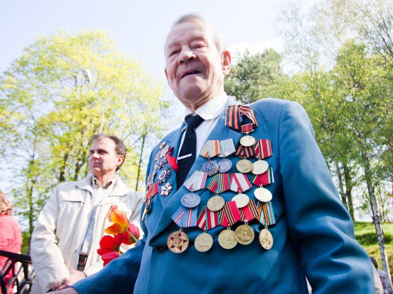 V. Putinas patvirtino išmokas karo veteranams Rusijoje ir Baltijos šalyse