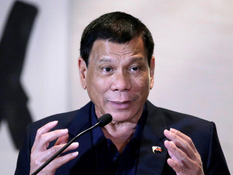 Filipinų karas su narkotikais: per naktį policija nukovė 21 įtariamąjį