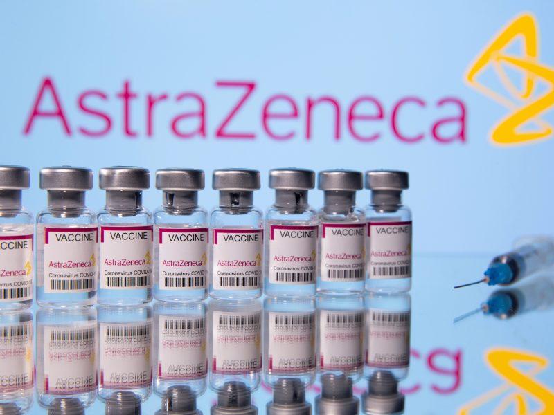 """EVA pareigūnas prakalbo apie """"AstraZeneca"""" vakcinos atsisakymą"""