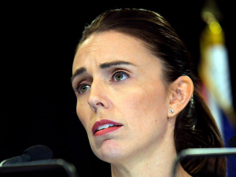 Naujosios Zelandijos premjerė pažadėjo niekada neminėti išpuolio vykdytojo vardo