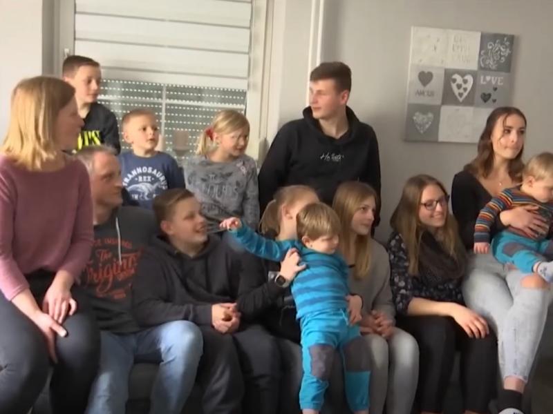 11-os vaikų motina atskleidė sėkmės receptą, kaip rūpintis daugiavaike šeima per karantiną