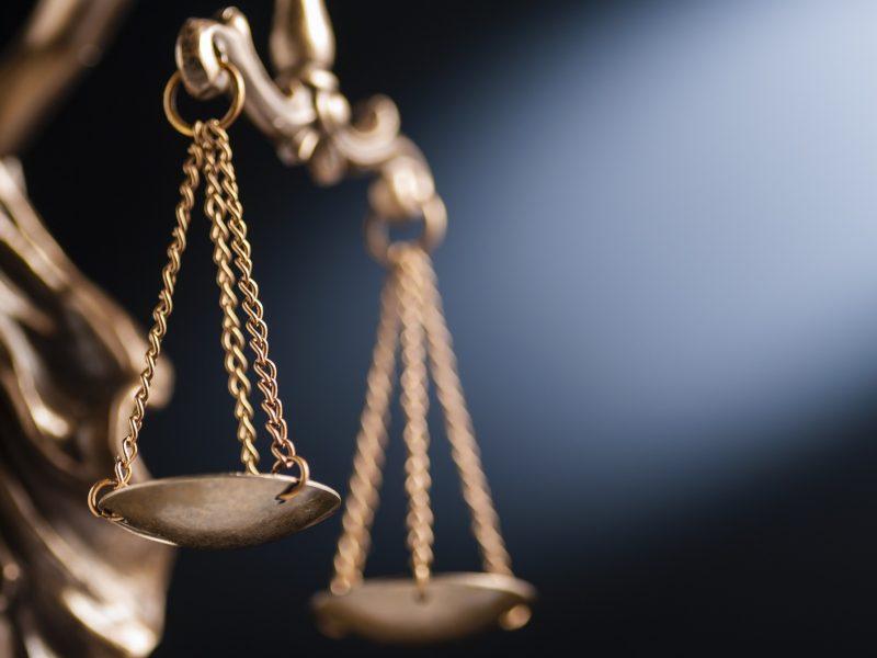 Už neteisėtą nuosavybės teisės atkūrimą į žemę – bausmės