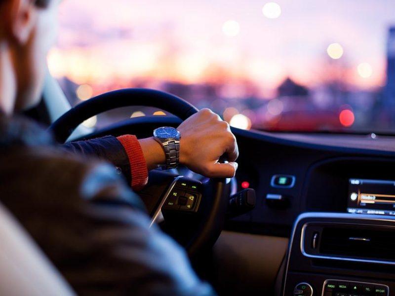 Pernai Lietuvoje parduota rekordiškai daug automobilių