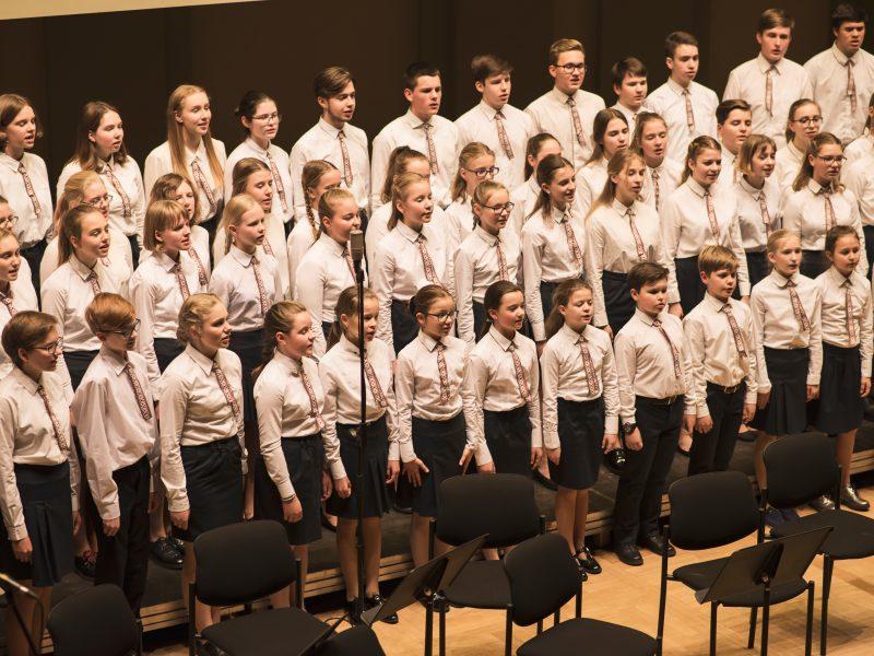 Kauno jėzuitų gimnazija: ugdyti jauną žmogų – tai mylėti ir tarnauti