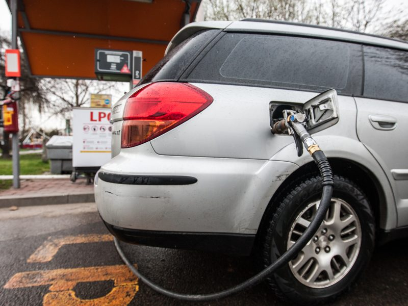 Vilniaus degalinėje pranešta apie dujų nuotėkį
