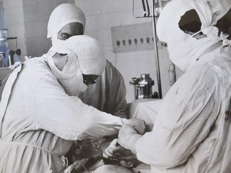 100 ligoninių ir sveikatos sistemų su puikiomis širdies programomis