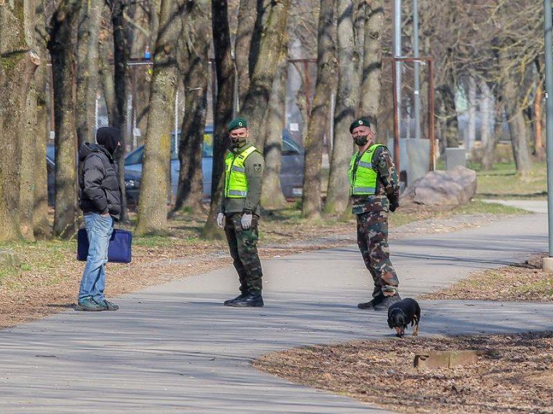Policija: žmonių srautai buvo mažesni, tačiau kai kuriuos teko drausminti