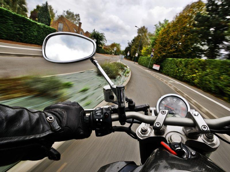 """""""Regitra"""": praktikos egzaminą galima laikyti savo motociklu"""
