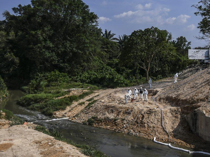 Dėl toksiškų teršalų sunegalavus žmonėms Malaizija uždaro 111 mokyklų