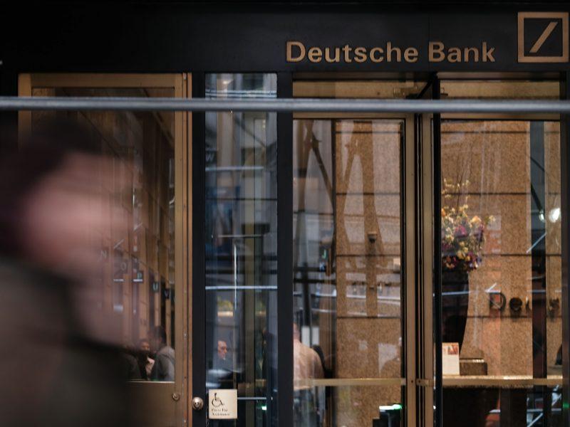 Vokietijos bankuose – kratos dėl galimo mokesčių vengimo