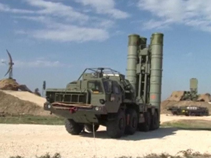 Rusija per karines pratybas Pamaskvėje išbandė oro gynybos raketas