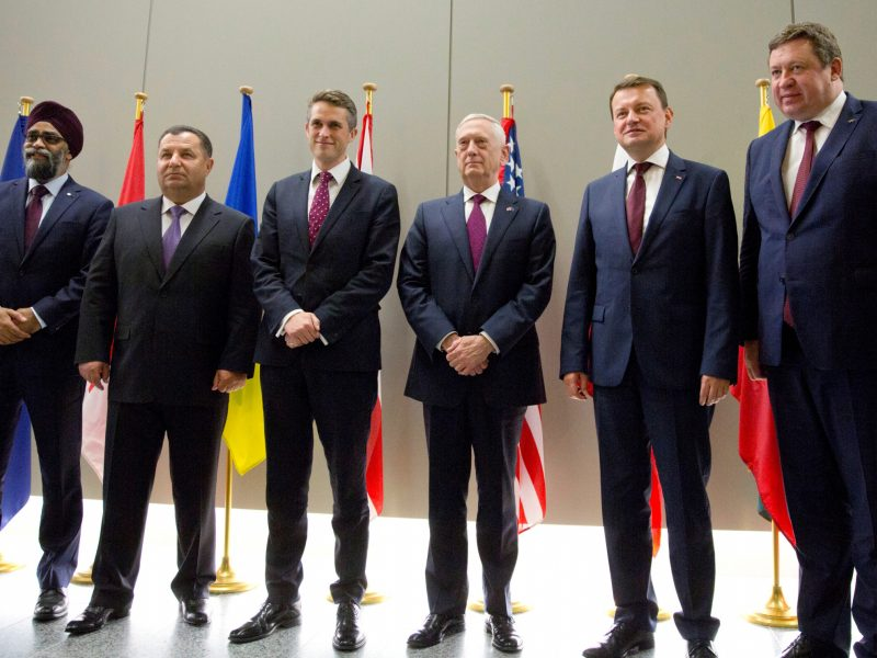 R. Karoblis sveikina susitarimą dėl naujų NATO vadaviečių