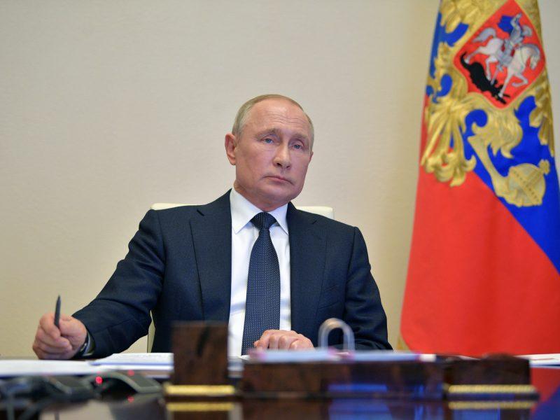 V. Putinas: Rusijoje COVID-19 epidemijos pikas dar nepraėjo
