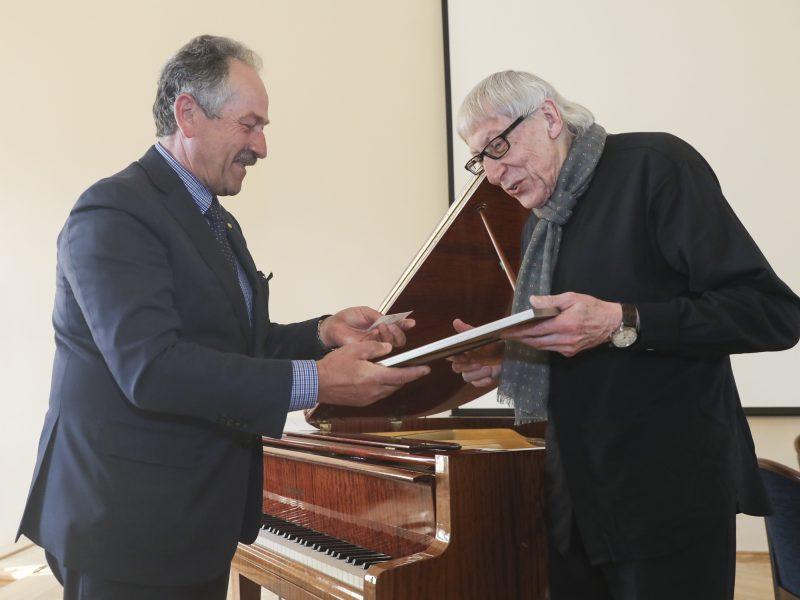 Susitikimas su kompozitoriumi G. Kuprevičiumi